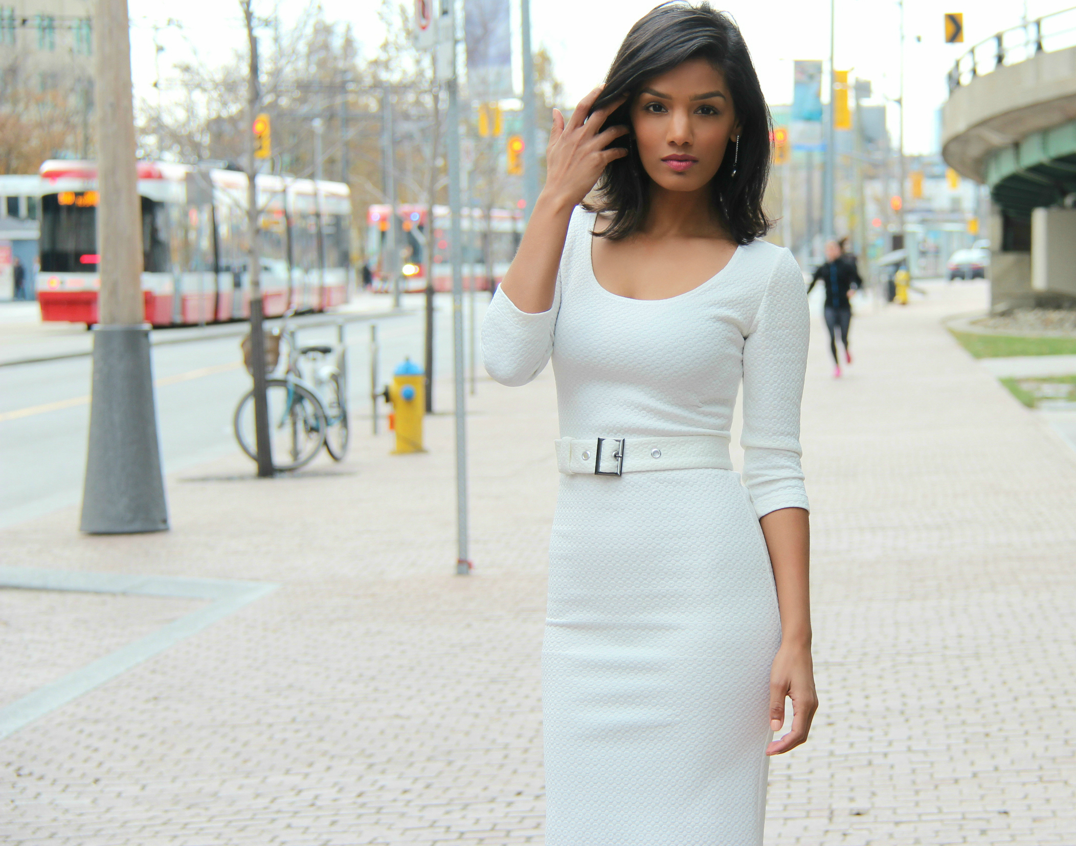 DIY Fitted White BodyCon Dress With Belt.